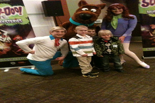 KDAT Kid Critic with Scooby Doo